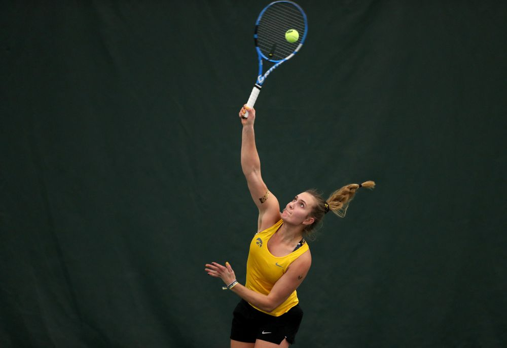 Iowa's Ashleigh Jacobs against the Iowa State Cyclones Friday, February 8, 2019 at the Hawkeye Tennis and Recreation Complex. (Brian Ray/hawkeyesports.com)