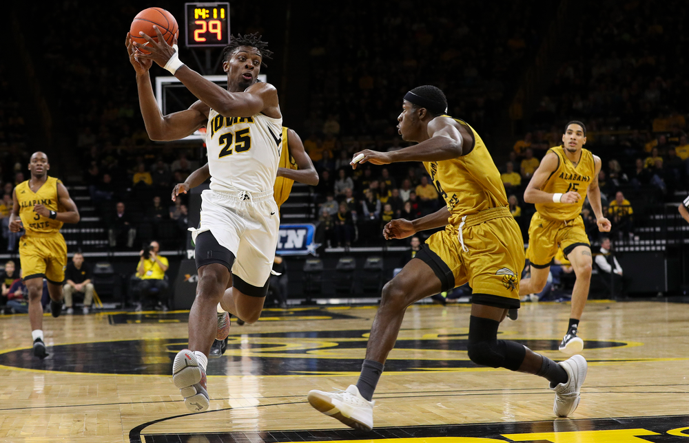 Iowa Hawkeyes forward Tyler Cook (25) drives to the basket during a game against Alabama State at Carver-Hawkeye Arena on November 21, 2018. (Tork Mason/hawkeyesports.com)