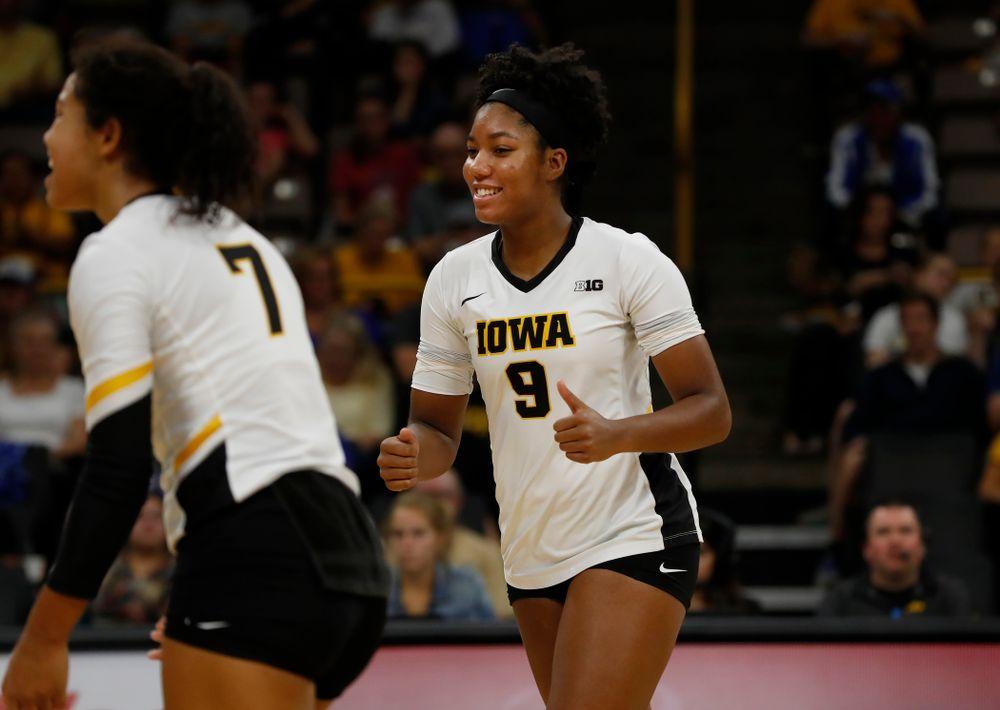 Iowa Hawkeyes middle blocker Amiya Jones (9) against Eastern Illinois Sunday, September 9, 2018 at Carver-Hawkeye Arena. (Brian Ray/hawkeyesports.com)