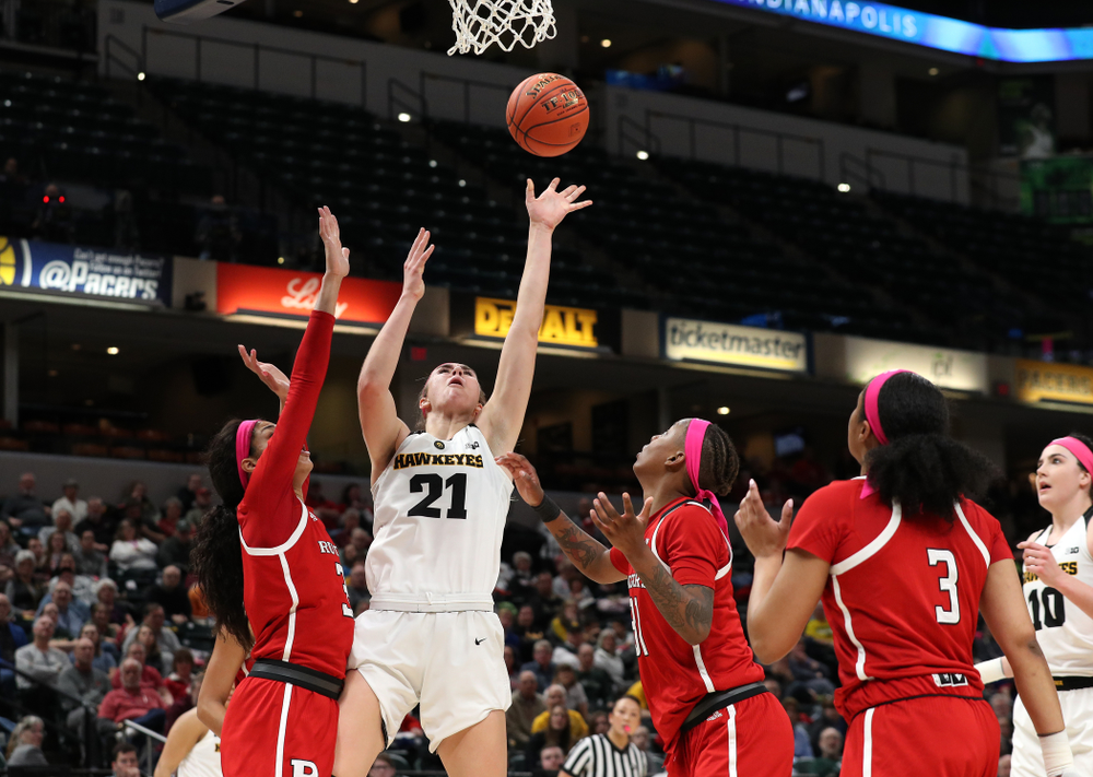 Iowa Hawkeyes forward Hannah Stewart (21) against the Rutgers Scarlet Knights in the semi-finals of the Big Ten Tournament Saturday, March 9, 2019 at Bankers Life Fieldhouse in Indianapolis, Ind. (Brian Ray/hawkeyesports.com)