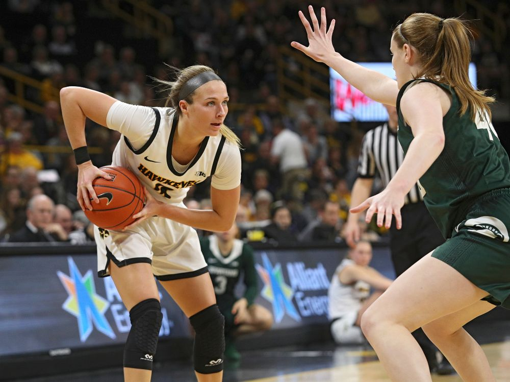 Iowa Hawkeyes guard Makenzie Meyer (3) holds the ball during the first quarter of their game at Carver-Hawkeye Arena in Iowa City on Sunday, January 26, 2020. (Stephen Mally/hawkeyesports.com)