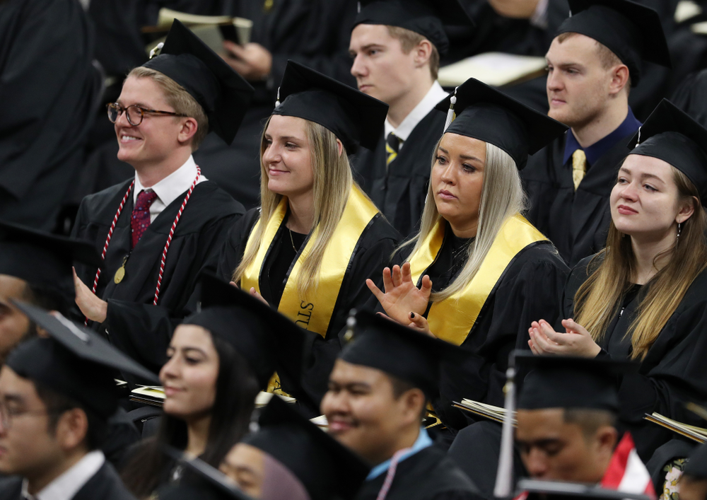 Iowa Soccer's Jenna Kentgen and Softball's Makenzie Ihle during the Fall Commencement Ceremony  Saturday, December 15, 2018 at Carver-Hawkeye Arena. (Brian Ray/hawkeyesports.com)