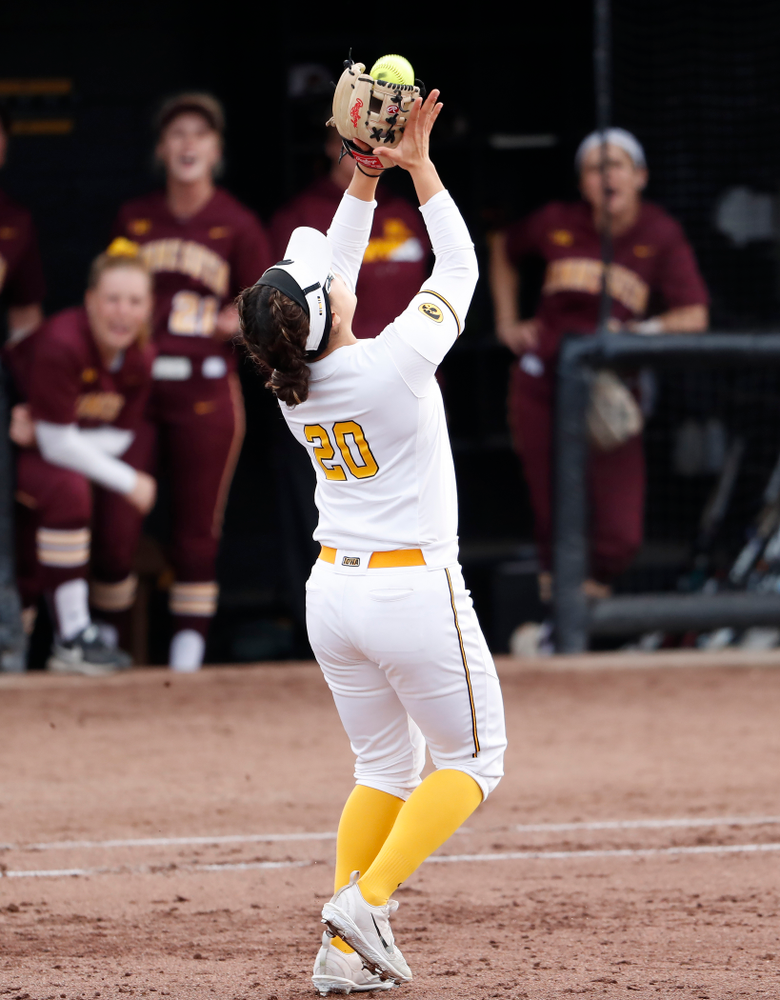 Iowa Hawkeyes infielder Daniella Ibarra (20) against the Minnesota Golden Gophers  Thursday, April 12, 2018 at Bob Pearl Field. (Brian Ray/hawkeyesports.com)
