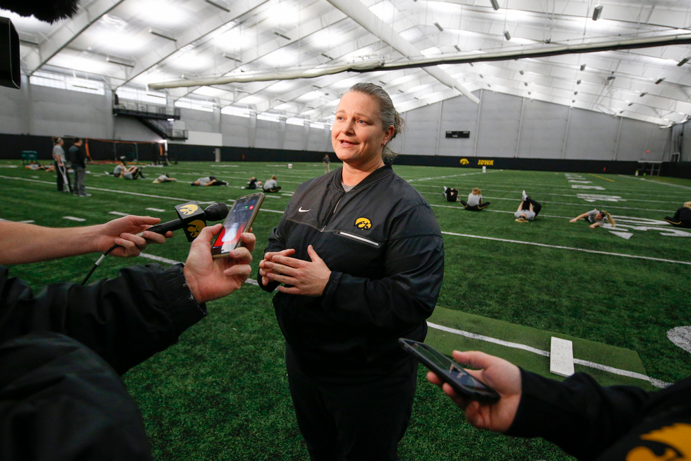 Head Coach Marla Looper