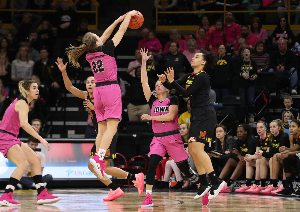 Iowa Hawkeyes guard Kathleen Doyle (22) deflects a pass against the seventh ranked Maryland Terrapins Sunday, February 17, 2019 at Carver-Hawkeye Arena. (Brian Ray/hawkeyesports.com)