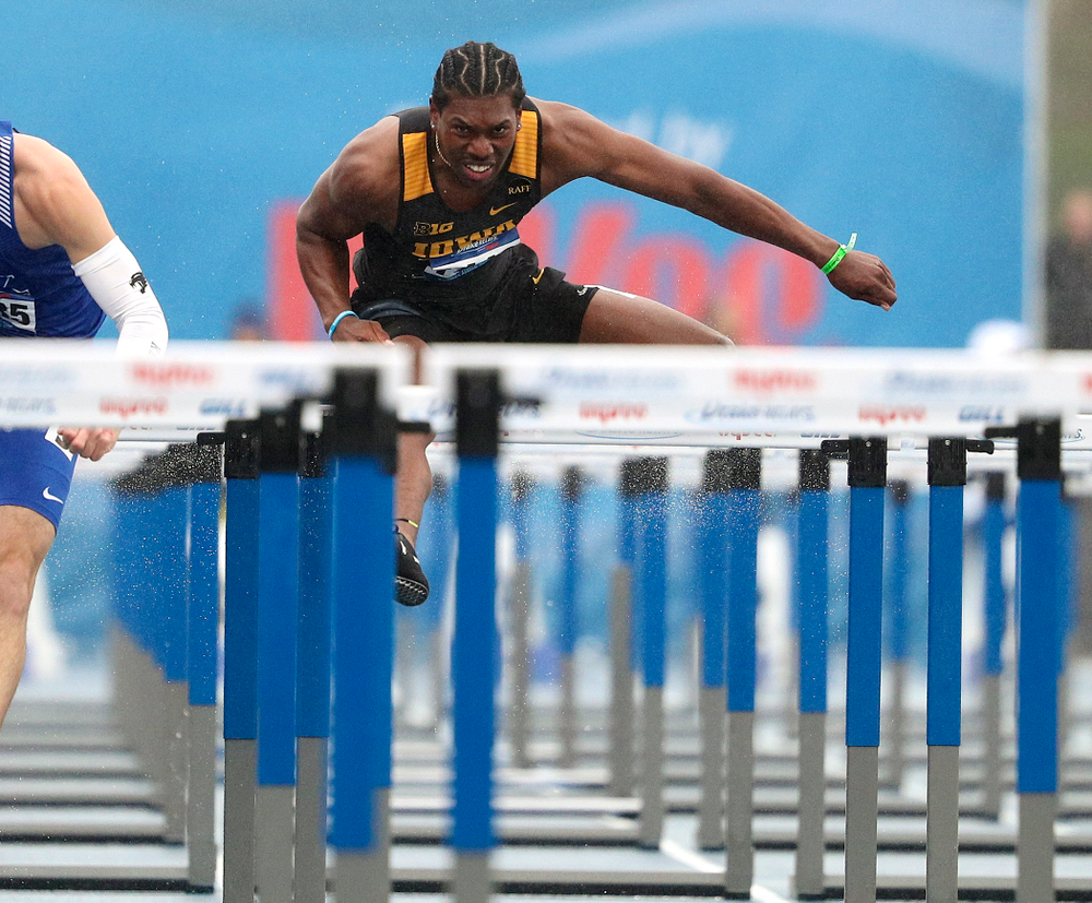 Iowa's Anthony Williams runs the men's 110 meter hurdles event during the third day of the Drake Relays at Drake Stadium in Des Moines on Saturday, Apr. 27, 2019. (Stephen Mally/hawkeyesports.com)