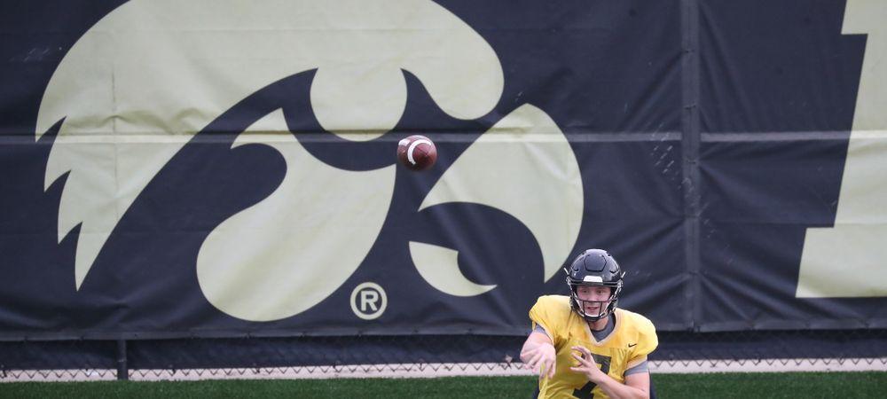 Iowa Hawkeyes quarterback Spencer Petras (7)