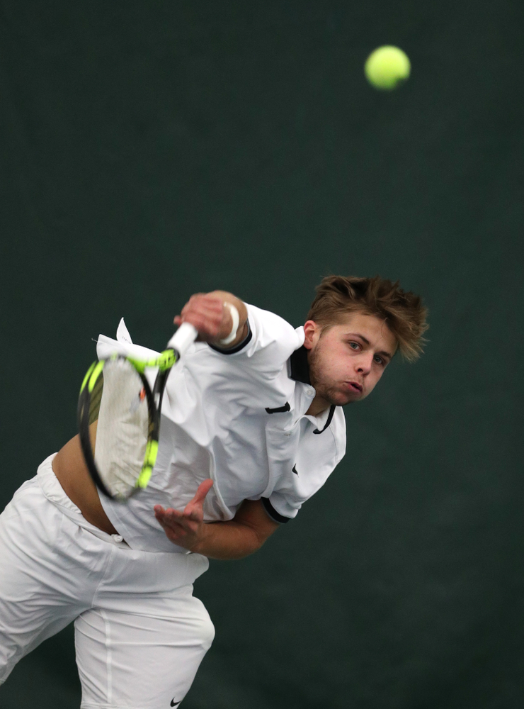 Iowa's Will Davies against North Dakota Friday, January 25, 2019 at the Hawkeye Tennis and Recreation Complex. (Brian Ray/hawkeyesports.com)