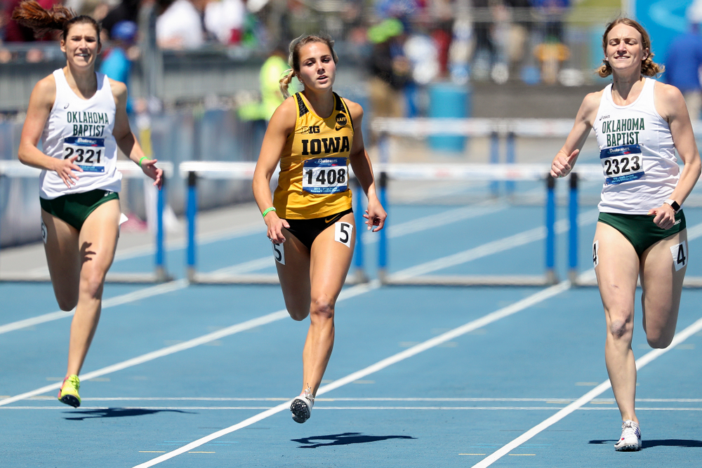 Iowa's Addie Swanson runs in the women's 400 meter hurdles event during the second day of the Drake Relays at Drake Stadium in Des Moines on Friday, Apr. 26, 2019. (Stephen Mally/hawkeyesports.com)