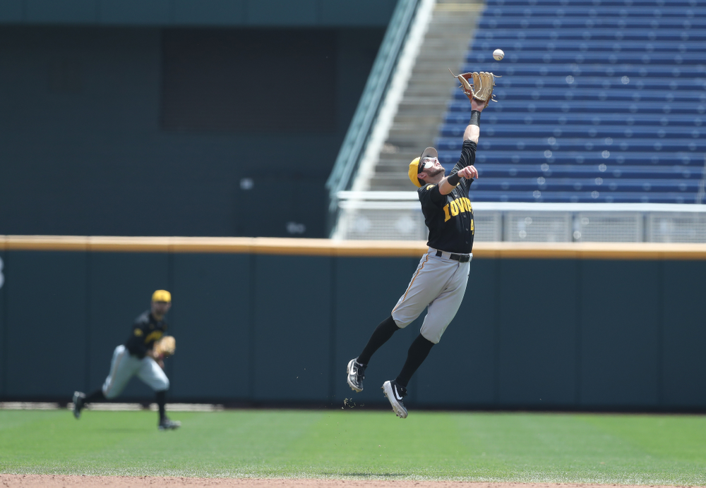 Iowa Hawkeyes infielder Mitchell Boe (4) against the Nebraska Cornhuskers in the first round of the Big Ten Baseball Tournament Friday, May 24, 2019 at TD Ameritrade Park in Omaha, Neb. (Brian Ray/hawkeyesports.com)