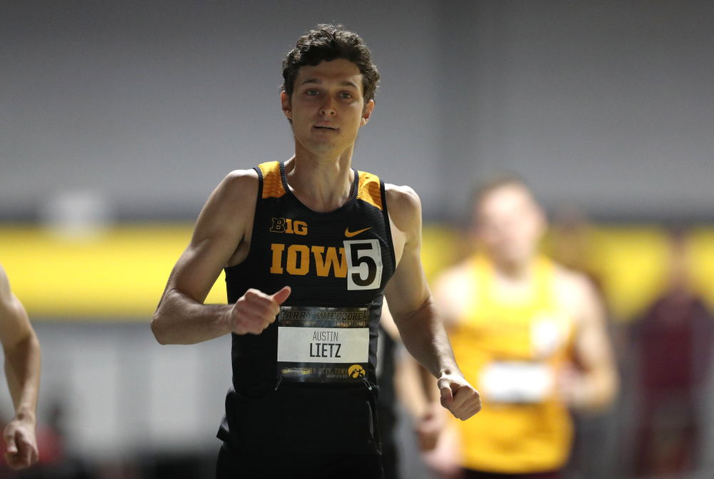Iowa's Austin Lietz runs the 600 meter premier during the 2019 Larry Wieczorek Invitational Friday, January 18, 2019 at the Hawkeye Tennis and Recreation Center. (Brian Ray/hawkeyesports.com)