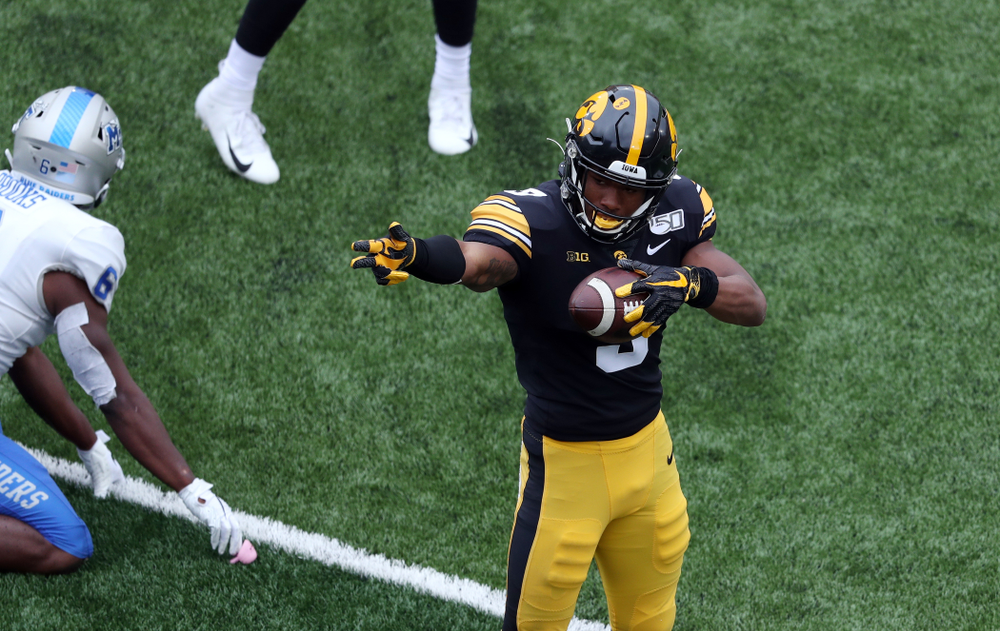 Iowa Hawkeyes wide receiver Tyrone Tracy Jr. (3) signals for a first down against Middle Tennessee State Saturday, September 28, 2019 at Kinnick Stadium. (Brian Ray/hawkeyesports.com)