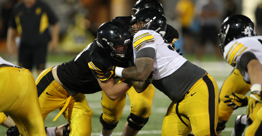 Iowa Hawkeyes defensive lineman Noah Shannon (99)