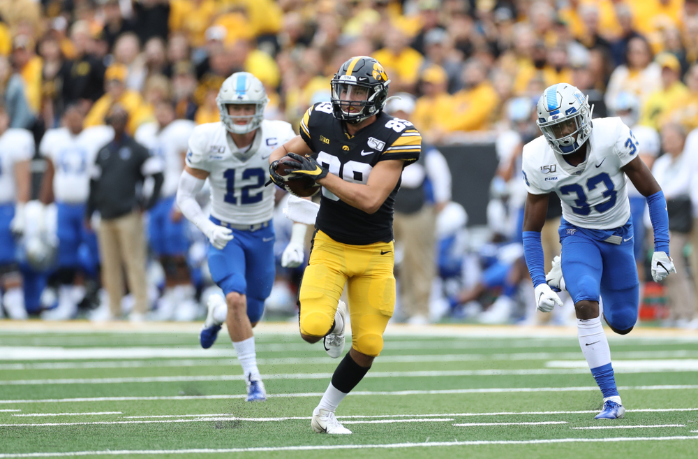 Iowa Hawkeyes wide receiver Nico Ragaini (89) against Middle Tennessee State Saturday, September 28, 2019 at Kinnick Stadium. (Max Allen/hawkeyesports.com)