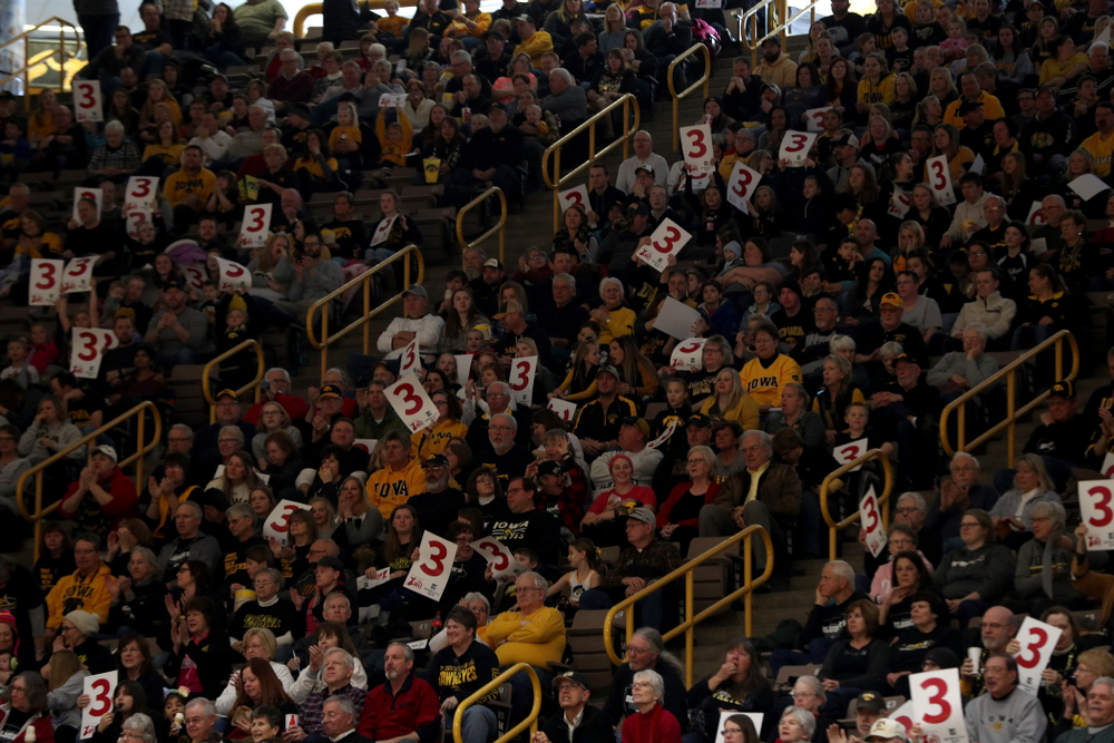 Fans cheer on the Iowa Hawkeyes against the Purdue Boilermakers Sunday, January 27, 2019 at Carver-Hawkeye Arena. (Brian Ray/hawkeyesports.com)