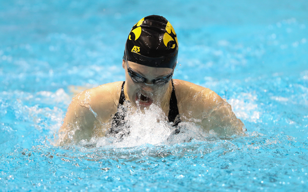 Iowa's Lexi Horner competes in the 100-yard breaststroke during the third day of the Hawkeye Invitational at the Campus Recreation and Wellness Center on November 16, 2018. (Tork Mason/hawkeyesports.com)