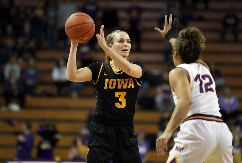 Iowa Hawkeyes guard Makenzie Meyer (3) against Northern Iowa Sunday, November 17, 2019 at the McLeod Center. (Brian Ray/hawkeyesports.com)