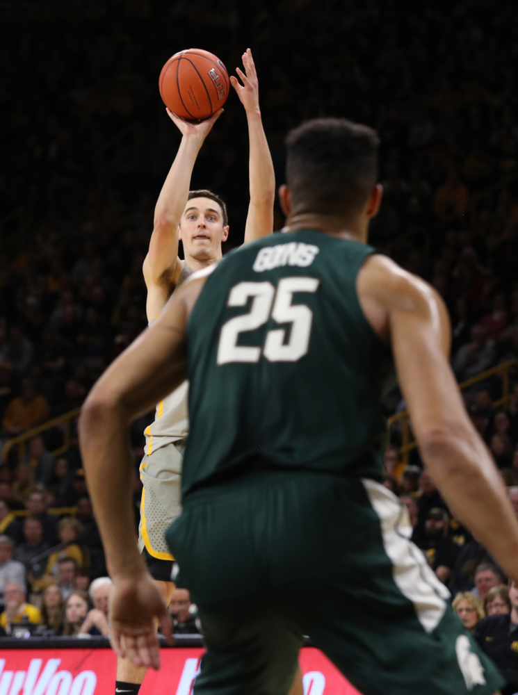 Iowa Hawkeyes forward Nicholas Baer (51) against the Michigan State Spartans Thursday, January 24, 2019 at Carver-Hawkeye Arena. (Brian Ray/hawkeyesports.com)