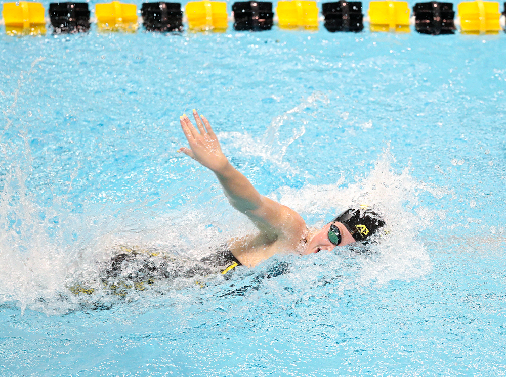 Iowa's Ariel Wooden swims the women's 50 yard freestyle event during their meet at the Campus Recreation and Wellness Center in Iowa City on Friday, February 7, 2020. (Stephen Mally/hawkeyesports.com)