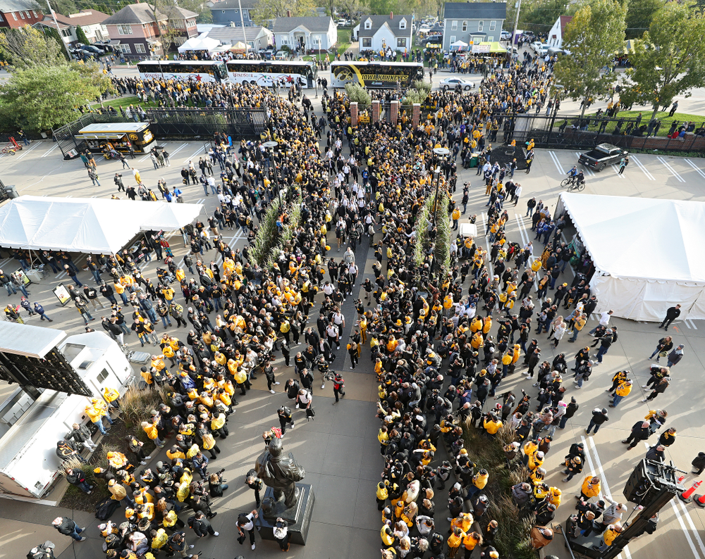 The Iowa Hawkeyes arrive before their game at Kinnick Stadium in Iowa City on Saturday, Oct 12, 2019. (Stephen Mally/hawkeyesports.com)