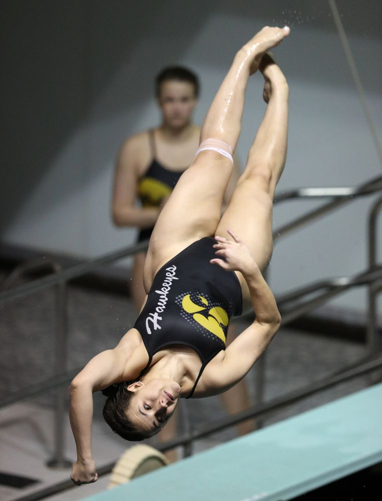 Iowa's Jaya Mathews competes on the 1-meter spring board against the Iowa State Cyclones in the Iowa Corn Cy-Hawk Series Friday, December 7, 2018 at at the Campus Recreation and Wellness Center. (Brian Ray/hawkeyesports.com)