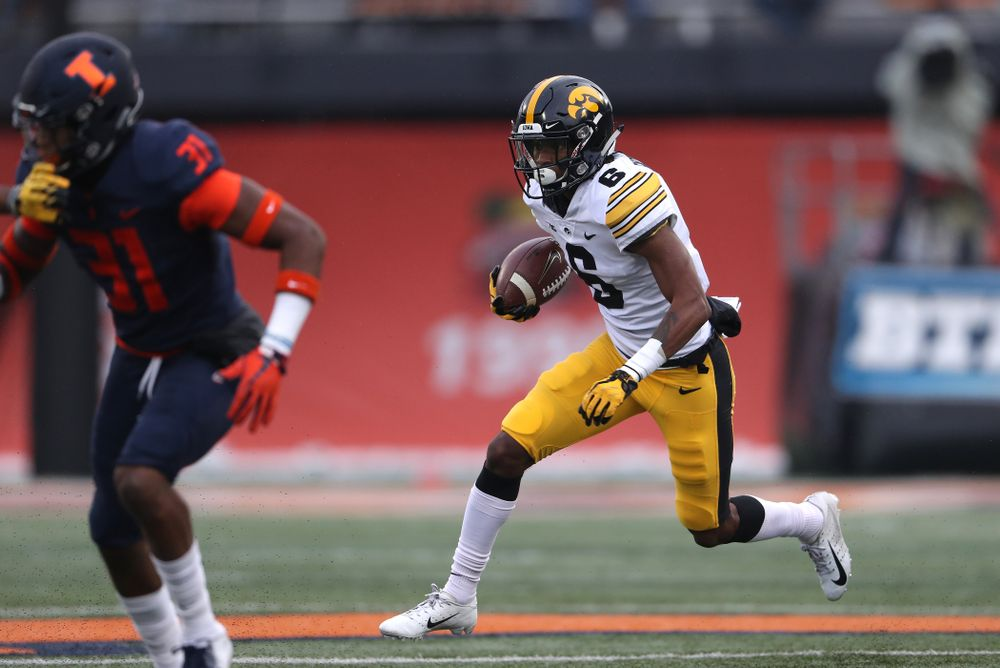 Iowa Hawkeyes wide receiver Ihmir Smith-Marsette (6) against the Illinois Fighting Illini Saturday, November 17, 2018 at Memorial Stadium in Champaign, Ill. (Brian Ray/hawkeyesports.com)