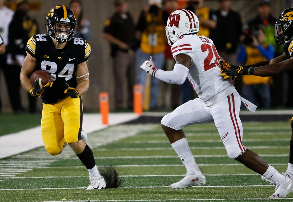 Iowa Hawkeyes wide receiver Nick Easley (84) runs the ball during a game against Wisconsin at Kinnick Stadium on September 22, 2018. (Tork Mason/hawkeyesports.com)