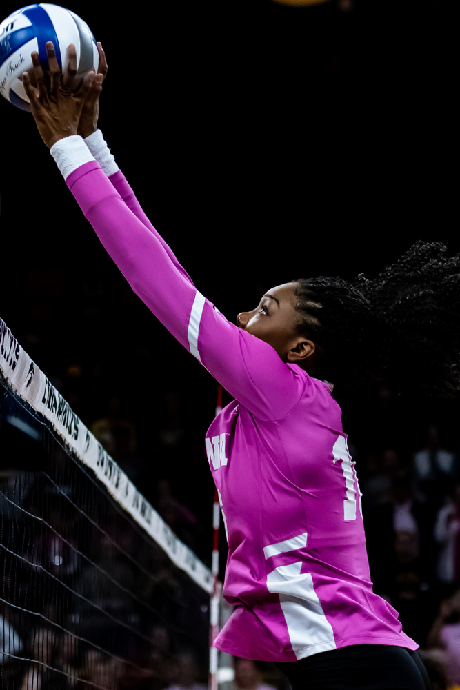Iowa Hawkeyes outside hitter Taylor Louis (16) against the Wisconsin Badgers Saturday, October 6, 2018 at Carver-Hawkeye Arena. (Clem Messerli/Iowa Sports Pictures)