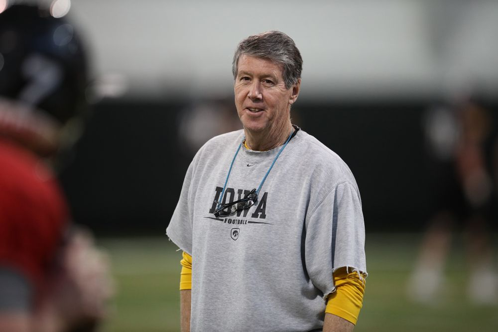 Iowa Hawkeyes quarterbacks coach Ken O'Keefe during preparation for the 2019 Outback Bowl Monday, December 17, 2018 at the Hansen Football Performance Center. (Brian Ray/hawkeyesports.com)