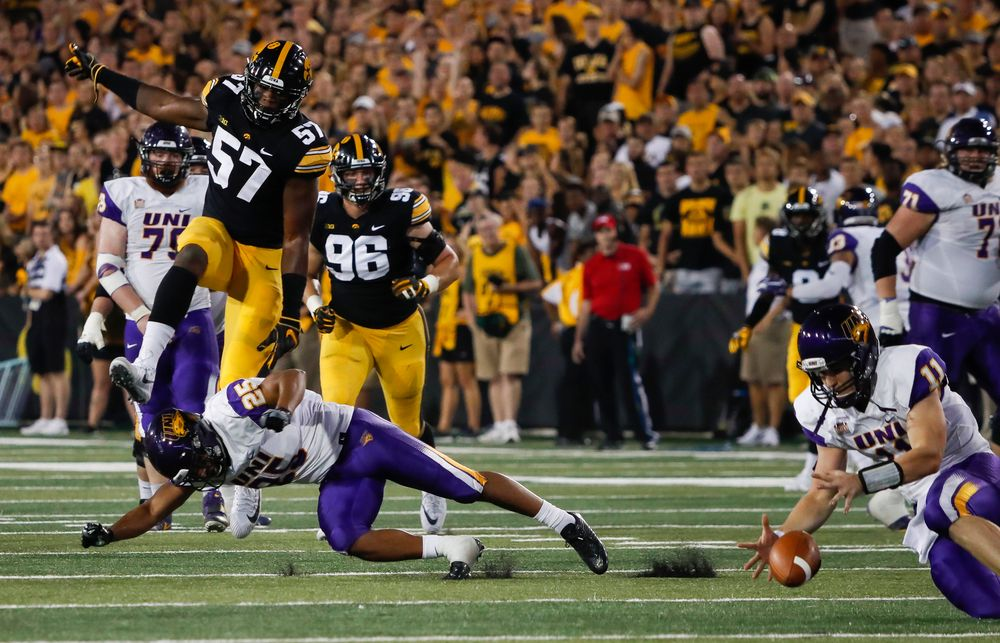 Iowa Hawkeyes defensive end Chauncey Golston (57) rushes the quarterback during a game against Northern Iowa at Kinnick Stadium on September 15, 2018. (Tork Mason/hawkeyesports.com)