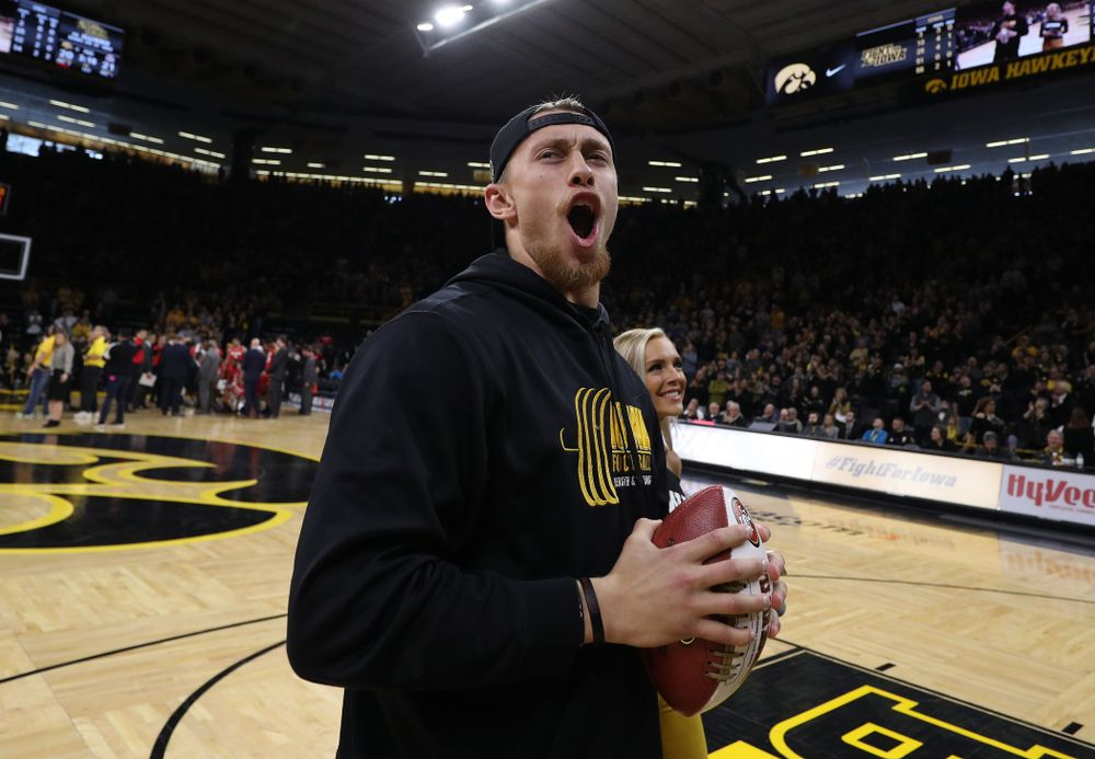 Former Hawkeye Football player and San Francisco 49ers Pro Bowl tight end George Kittle against the Ohio State Buckeyes Saturday, January 12, 2019 at Carver-Hawkeye Arena. (Brian Ray/hawkeyesports.com)