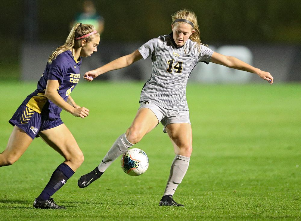 Iowa defender Leah Moss (14) passes during the second half of their match at the Iowa Soccer Complex in Iowa City on Friday, Sep 13, 2019. (Stephen Mally/hawkeyesports.com)