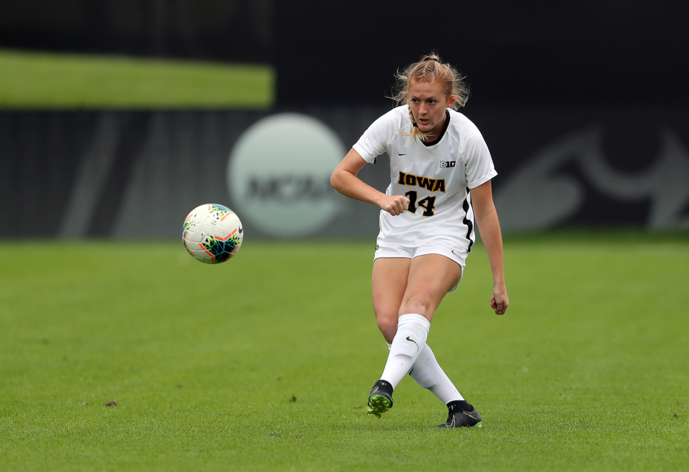 Iowa Hawkeyes defender Leah Moss (14) during a 6-1 win over Northern Iowa Sunday, August 25, 2019 at the Iowa Soccer Complex. (Brian Ray/hawkeyesports.com)