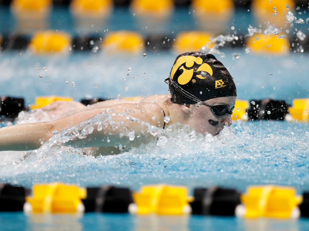 Amy Lenderink swims the butterfly leg of the 200 yard medley relay during the Black and Gold Intrasquad Saturday, September 29, 2018 at the Campus Recreation and Wellness Center. (Brian Ray/hawkeyesports.com)