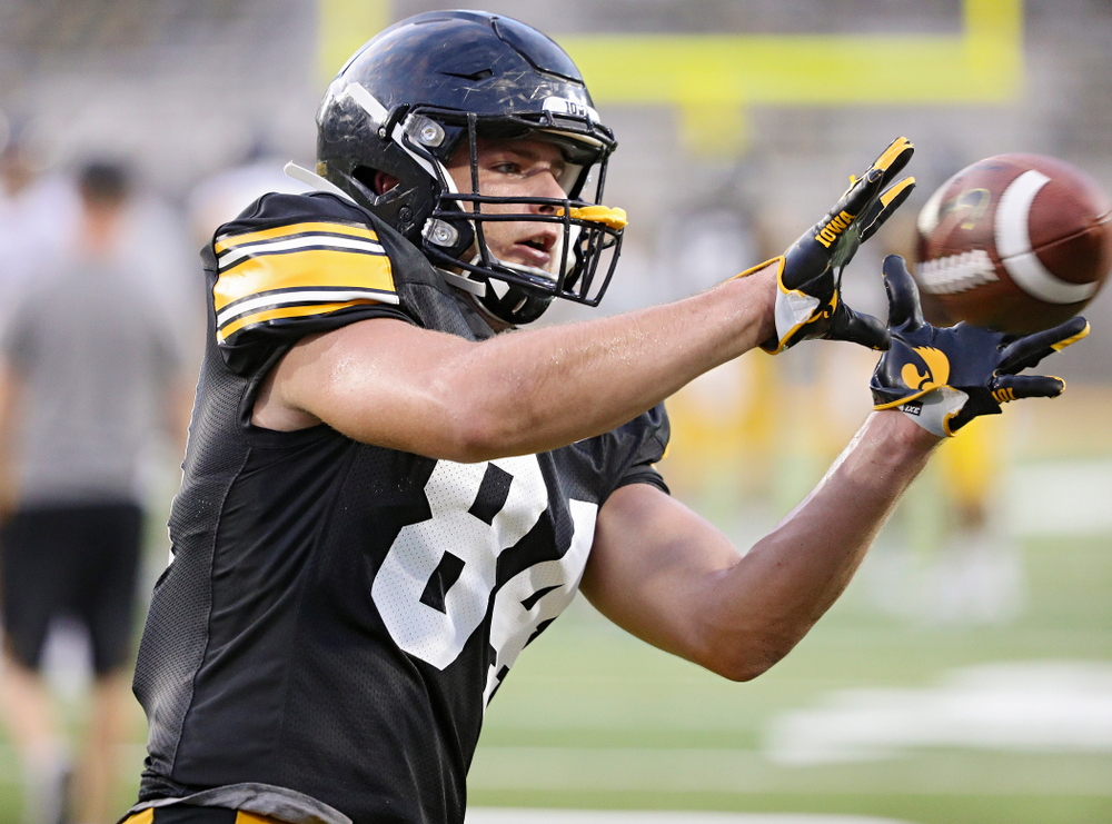 Iowa Hawkeyes tight end Sam LaPorta (84) pulls in a pass during Fall Camp Practice No. 12 at Kinnick Stadium in Iowa City on Thursday, Aug 15, 2019. (Stephen Mally/hawkeyesports.com)