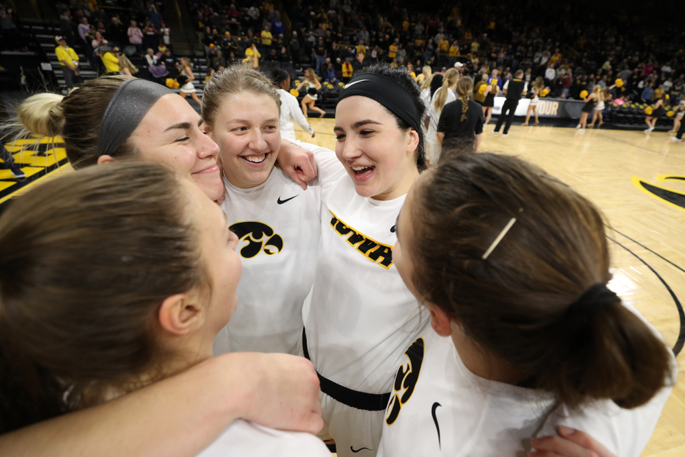 Iowa Hawkeyes forward Megan Gustafson (10), forward/center Monika Czinano (25), forward Hannah Stewart (21), forward Amanda Ollinger (43), and forward/center Paula Valino Ramos (31) against the Illinois Fighting Illini Thursday, February 14, 2019 at Carver-Hawkeye Arena. (Brian Ray/hawkeyesports.com)