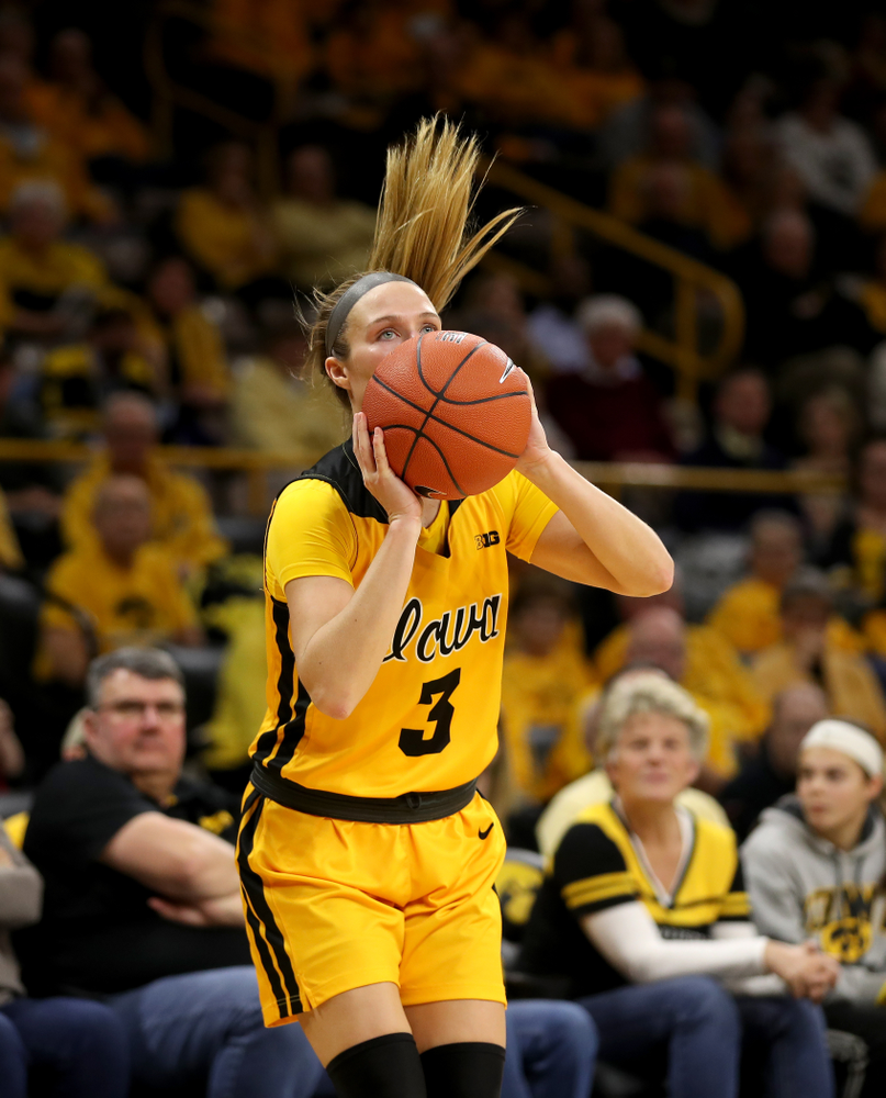 Iowa Hawkeyes guard Makenzie Meyer (3) knocks down a a three point basket against the Maryland Terrapins Thursday, January 9, 2020 at Carver-Hawkeye Arena. (Brian Ray/hawkeyesports.com)
