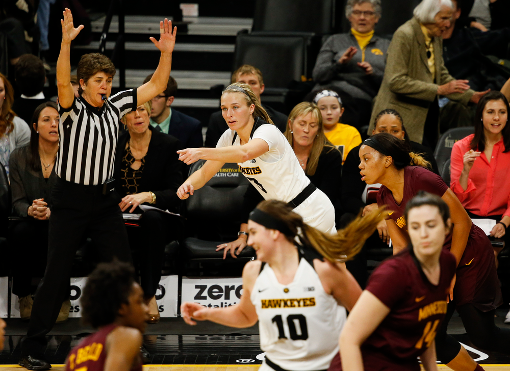 Iowa Hawkeyes guard Makenzie Meyer (3)