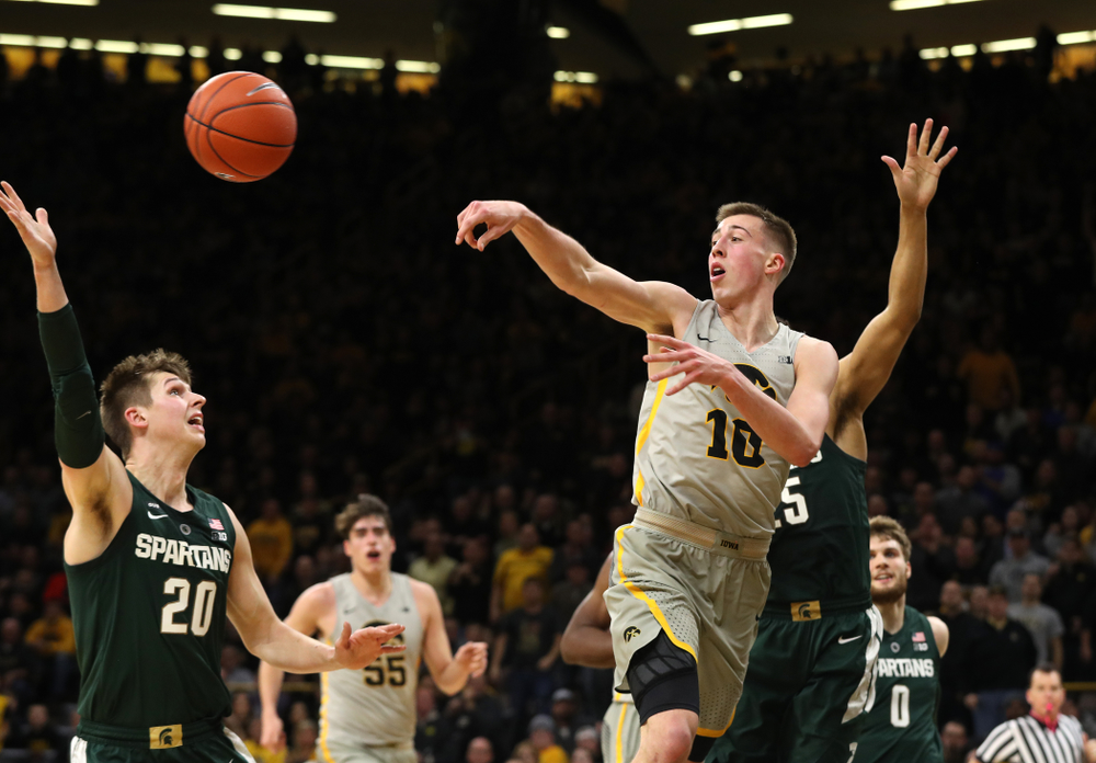 Iowa Hawkeyes guard Joe Wieskamp (10) against the Michigan State Spartans Thursday, January 24, 2019 at Carver-Hawkeye Arena. (Brian Ray/hawkeyesports.com)
