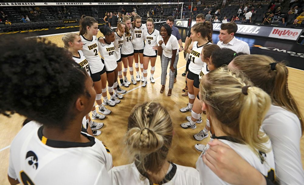 Iowa interim head coach Vicki Brown talks with her team after their Big Ten/Pac-12 Challenge match against Colorado at Carver-Hawkeye Arena in Iowa City on Friday, Sep 6, 2019. (Stephen Mally/hawkeyesports.com)