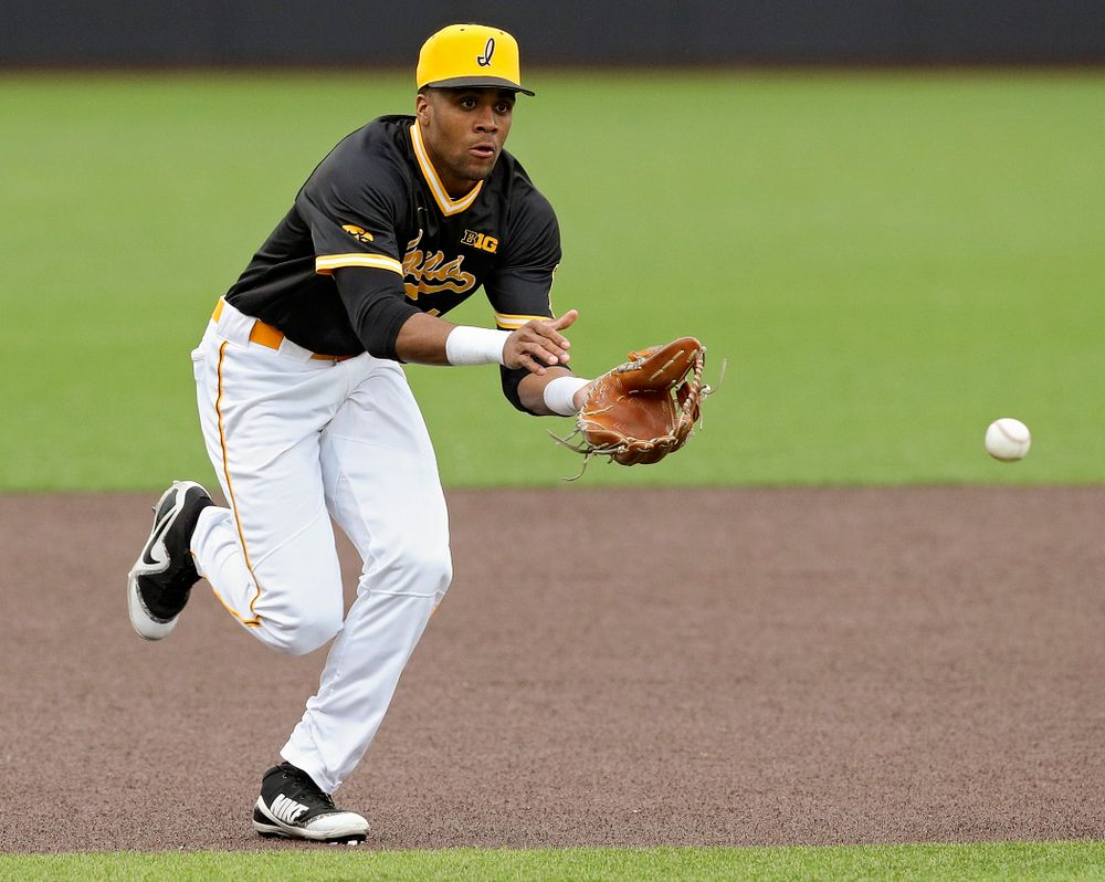 Iowa Hawkeyes third baseman Lorenzo Elion (1) fields a ground ball during the fourth inning of their game against Illinois State at Duane Banks Field in Iowa City on Wednesday, Apr. 3, 2019. (Stephen Mally/hawkeyesports.com)