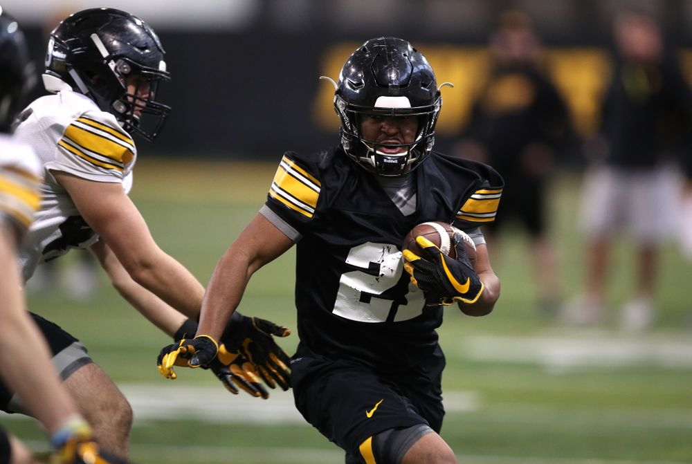 Iowa Hawkeyes running back Ivory Kelly-Martin (21) during preparation for the 2019 Outback Bowl Tuesday, December 18, 2018 at the Hansen Football Performance Center. (Brian Ray/hawkeyesports.com)