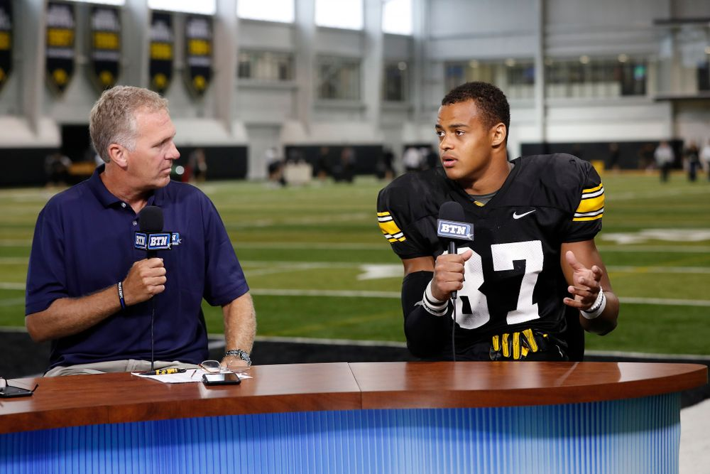 Iowa Hawkeyes tight end Noah Fant (87) on the Big Ten Network set Monday, August 20, 2018 at the Hansen Football Performance Center. (Brian Ray/hawkeyesports.com)