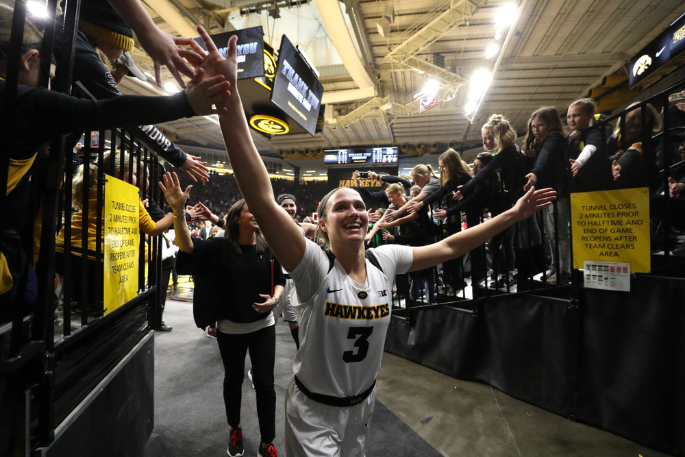 Iowa Hawkeyes guard Makenzie Meyer (3) against the Purdue Boilermakers Sunday, January 27, 2019 at Carver-Hawkeye Arena. (Brian Ray/hawkeyesports.com)