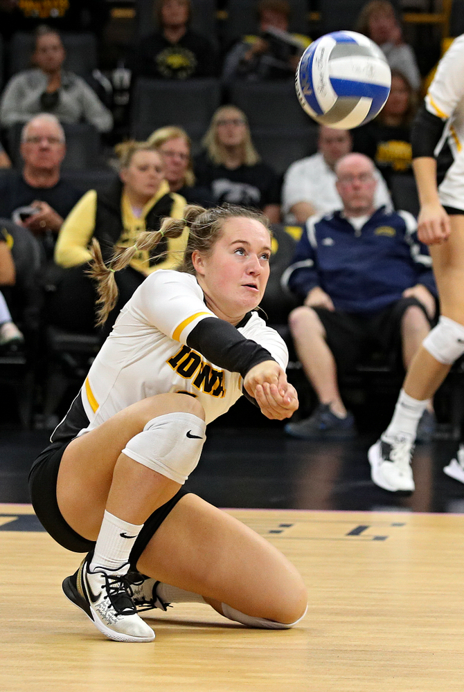 Iowa's Joslyn Boyer (1) gets a dig during the third set of their volleyball match at Carver-Hawkeye Arena in Iowa City on Sunday, Oct 13, 2019. (Stephen Mally/hawkeyesports.com)