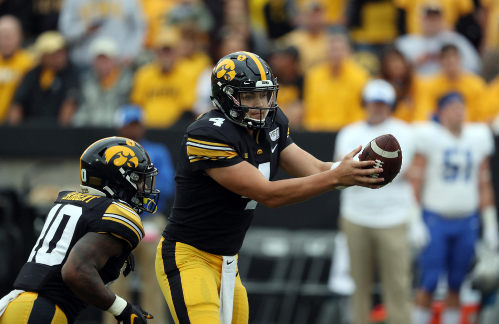 Iowa Hawkeyes quarterback Nate Stanley (4) against Middle Tennessee State Saturday, September 28, 2019 at Kinnick Stadium. (Brian Ray/hawkeyesports.com)
