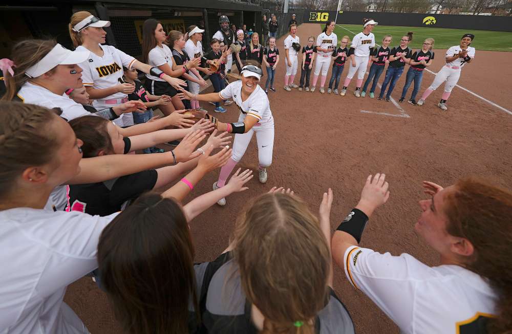 Iowa left fielder Cameron Cecil (1) takes the field before their game against Iowa State at Pearl Field in Iowa City on Tuesday, Apr. 9, 2019. (Stephen Mally/hawkeyesports.com)