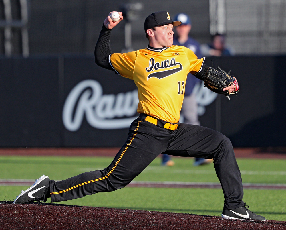 Iowa Hawkeyes pitcher Clayton Nettleton (17) delivers to the plate during the seventh inning of their game at Duane Banks Field in Iowa City on Tuesday, Apr. 2, 2019. (Stephen Mally/hawkeyesports.com)