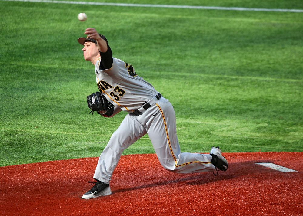 Iowa Hawkeyes pitcher Jack Dreyer (33) delivers to the plate during the second inning of their CambriaCollegeClassic game at U.S. Bank Stadium in Minneapolis, Minn. on Friday, February 28, 2020. (Stephen Mally/hawkeyesports.com)
