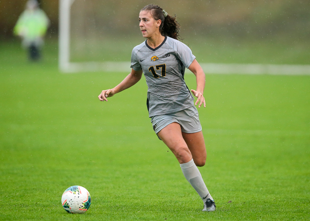 Iowa defender Hannah Drkulec (17) looks to pass during the second half of their match at the Iowa Soccer Complex in Iowa City on Sunday, Sep 29, 2019. (Stephen Mally/hawkeyesports.com)